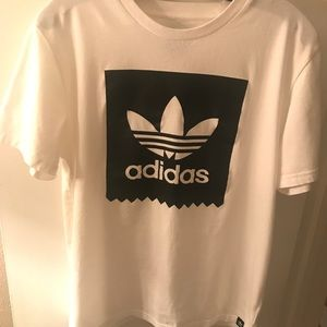 White adidas t shirt